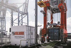 Kalmar FastCharge™ Straddle Carrier